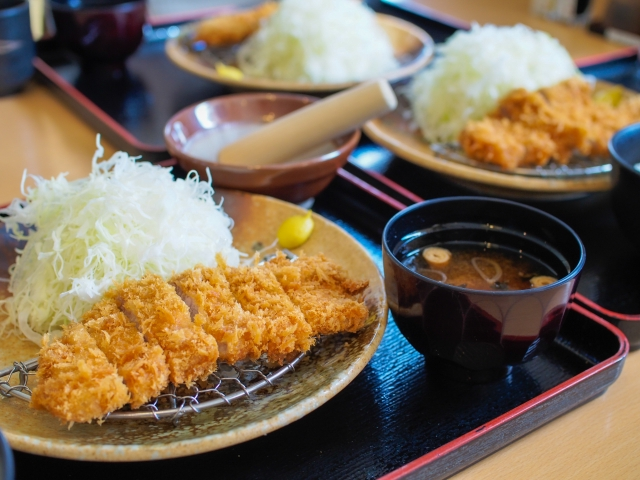 This is the Japanese pork cutlet